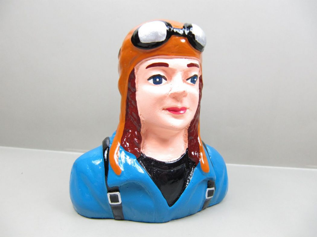 Resin Female Civilian Pilot 88mmx83mmx37mm 1.20 size Sports Girl p67